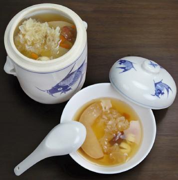 Pear Bai Mu Er Soup